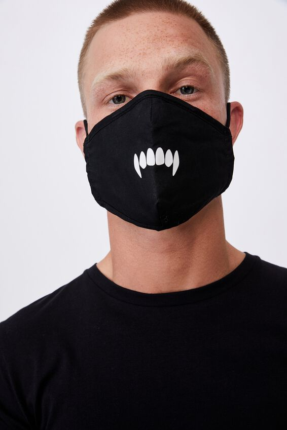 Foundation Face Mask Adults, FANGS