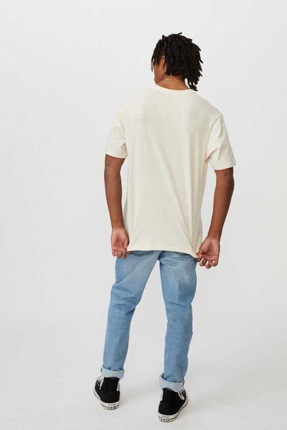 Regular License T Shirt, IVORY/RICK AND MORTY PORTAL