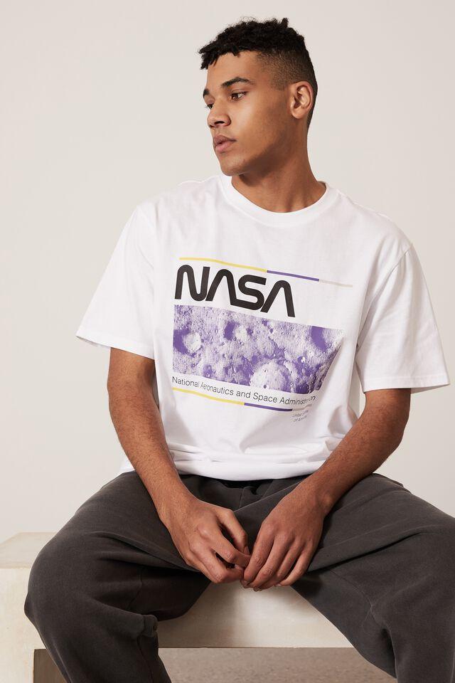 Regular Pop Culture T Shirt, LCN NAS WHITE/NASA ADMINISTRATION