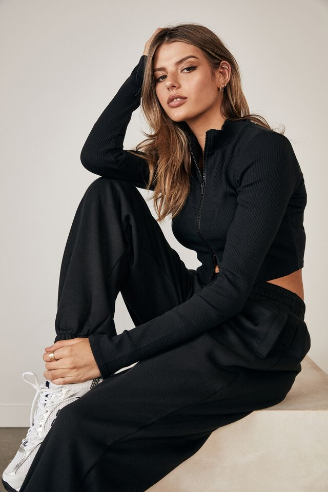 Super Slouchy Trackpant, BLACK