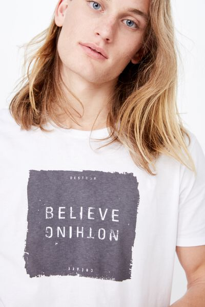 Curved Graphic T Shirt, WHITE/BELIEVE NOTHING