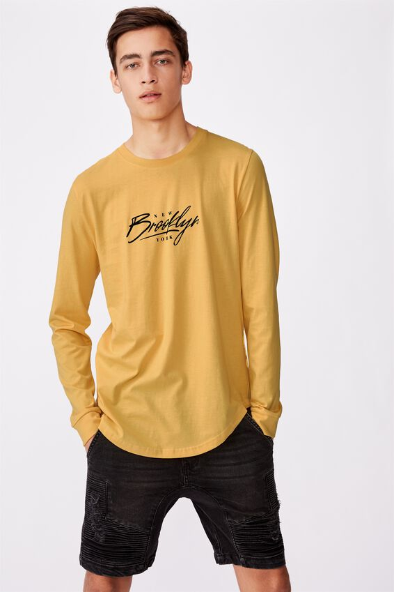 Curved Long Sleeve Graphic T Shirt, MIMOSA/BROOKLYN SCRAWL