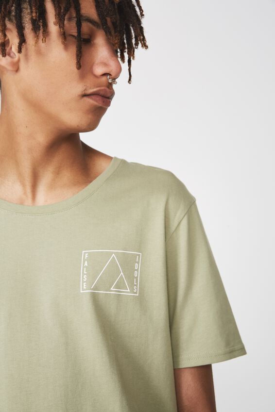Curved Graphic T Shirt, TEA/FALSE IDOLS
