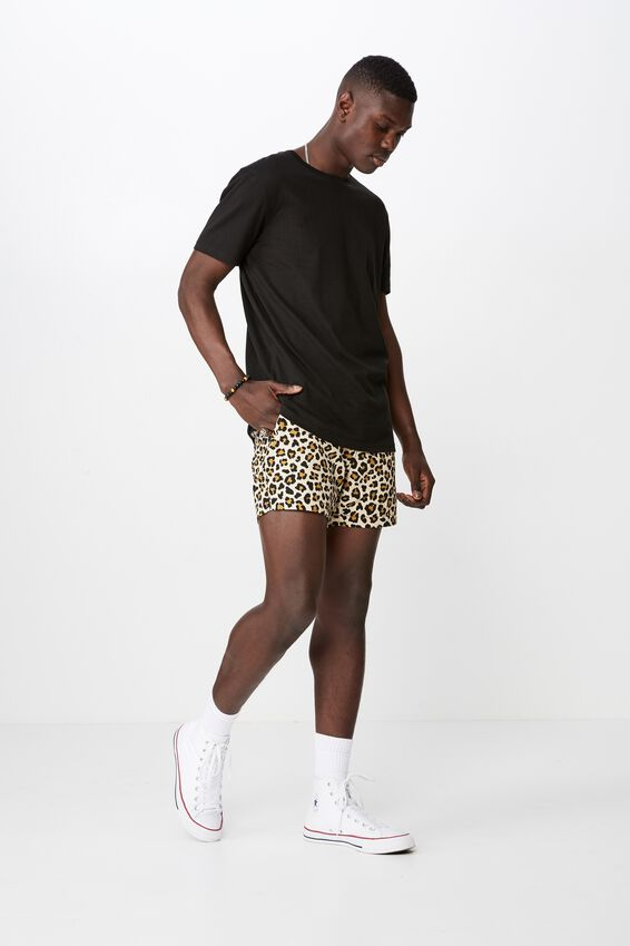 Resort Short, LEOPARD