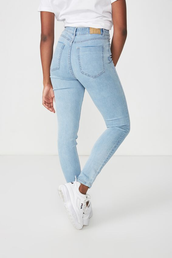 The Skinny High Rise Jean, WASHED BLUE