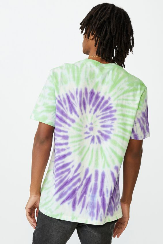 Elevated Regular License T Shirt, LCN CAR TIE DYE/RICK AND MORTY