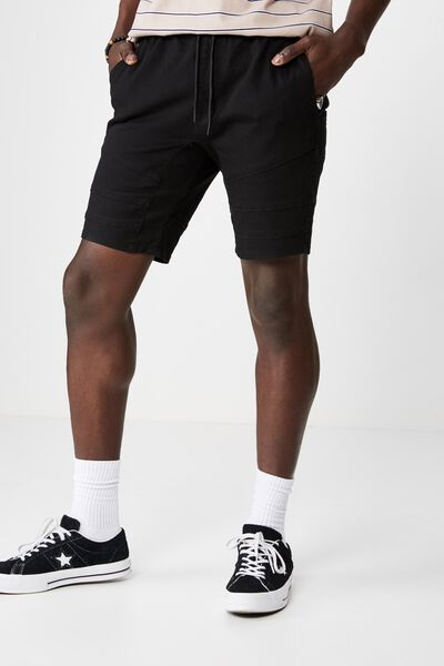 Panel Walk Short, BLACK