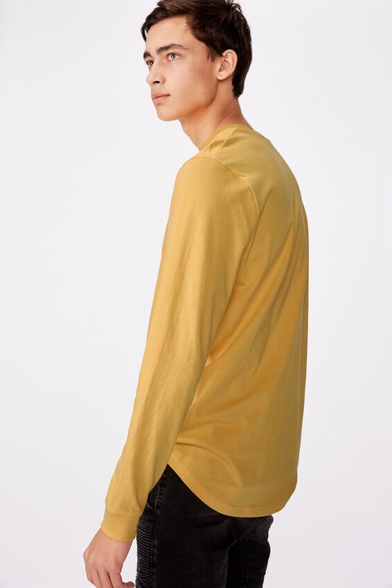Curved Long Sleeve Graphic T Shirt, MIMOSA/BROOKLYN SCRAWL