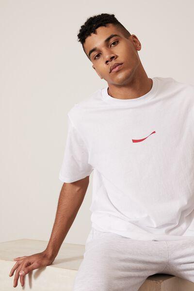 Regular Pop Culture T Shirt, LCN COK WHITE/INTERNATIONAL