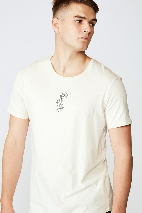 Curved Graphic T Shirt, IVORY/DAGGER ROSE