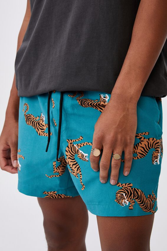 Resort Short, LA TEALGRA