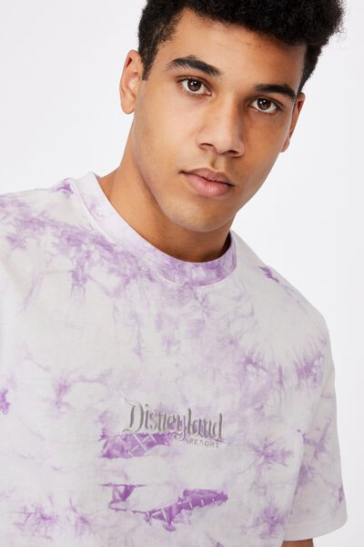 Elevated Regular License T Shirt, LCN DIS TIE DYE/DISNEYLAND