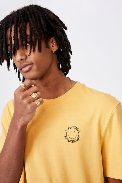 Regular License T Shirt, LCN SMI CHALK YELLOW/SMILEY