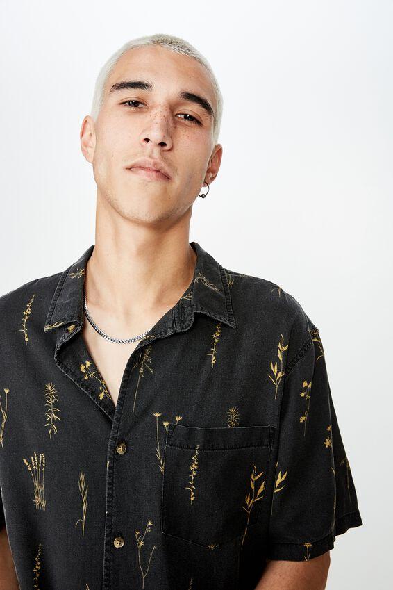 Resort Shirt, WEEDS