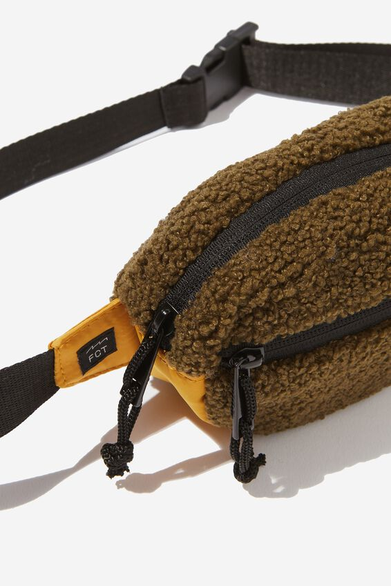 Sherpa Pouch Bag, FOREST_GOLD