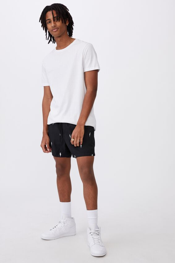 Resort Short, BOLTS