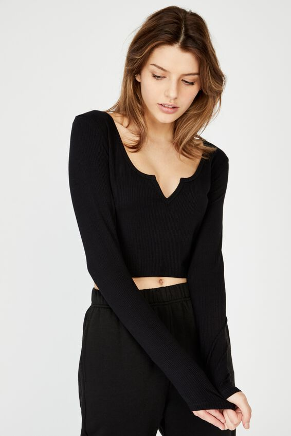Notch Front Ls Top, BLACK