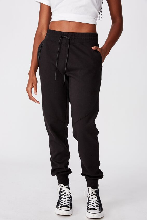 Tech Slim Trackpant, BLACK