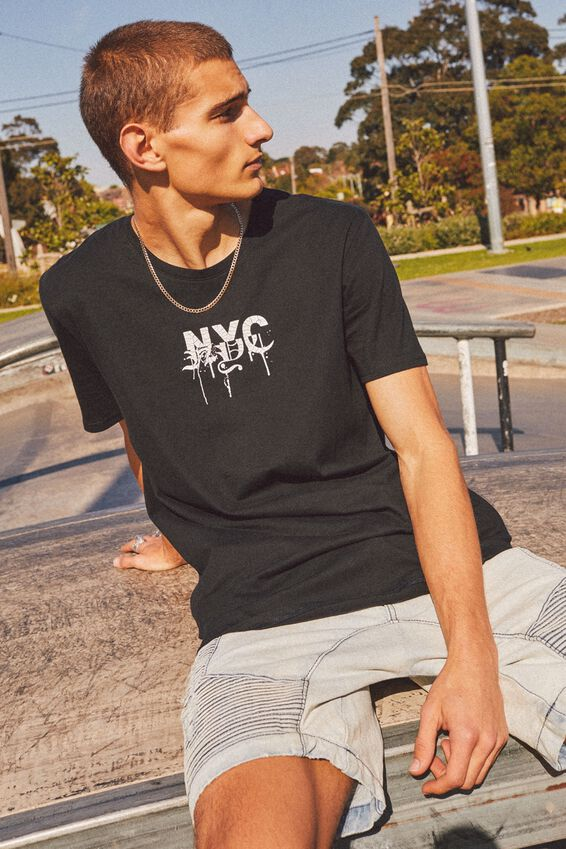 Curved Graphic T Shirt, BLACK/YORK SPRAY