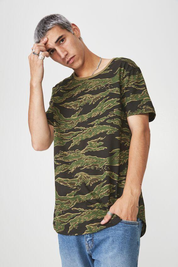 Curved Graphic T Shirt, TILT CAMO