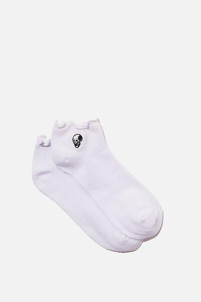 Ankle Embroidered Ruffle Edge Sock, WHITE_SKULL