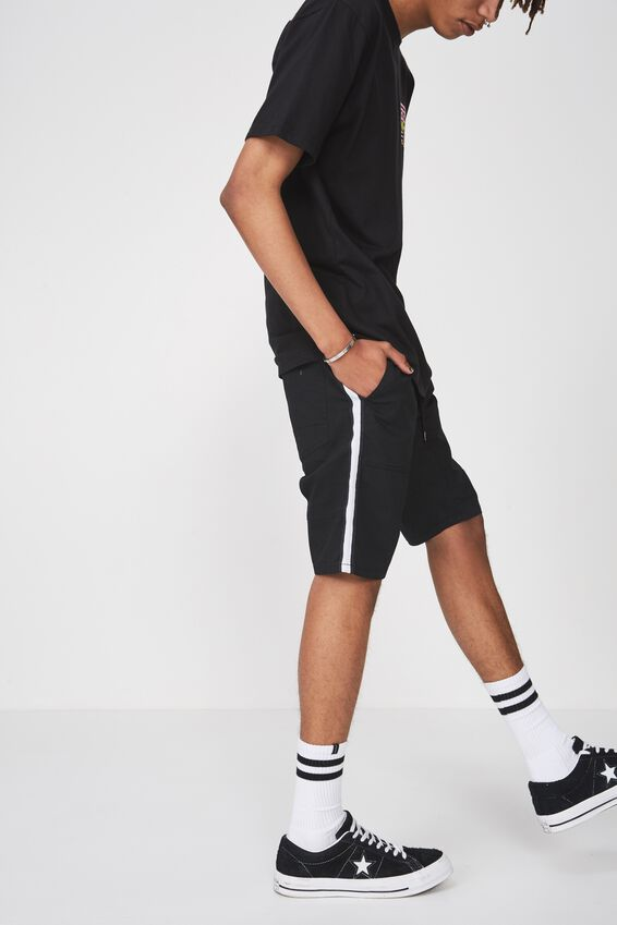 Side Stripe Walk Short, BLACK
