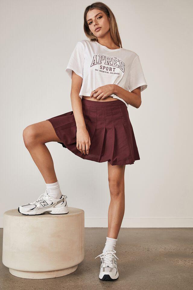 Pleated Skirt, WINDSOR WINE
