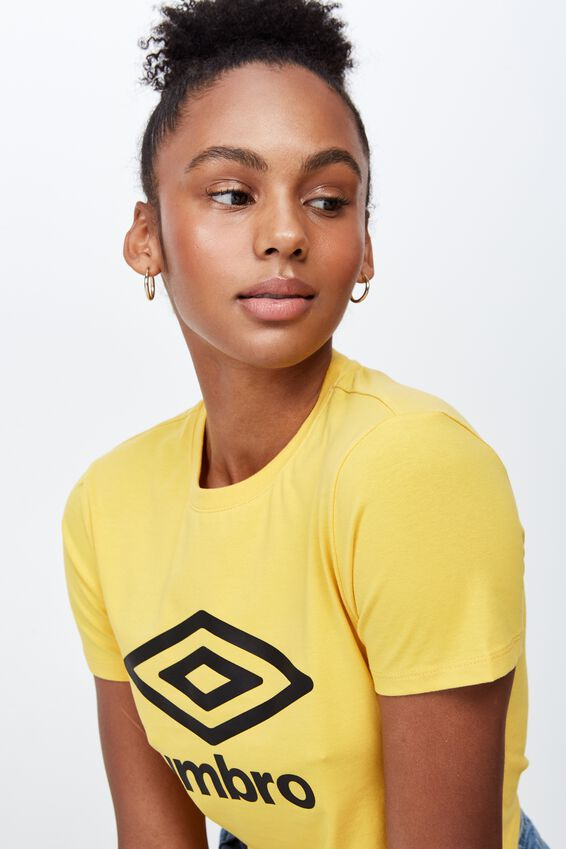 Umbro Lcn Fitted T Shirt, OLD GOLD