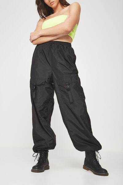The Woven Toggle Pant, BLACK