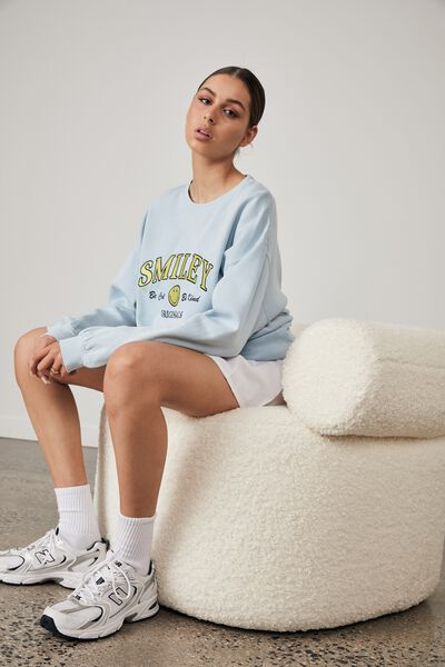 Smiley Lcn Oversized Graphic Crew, LCN SMI WASHED SKYWAY BLUE/BE COOL BE KIND