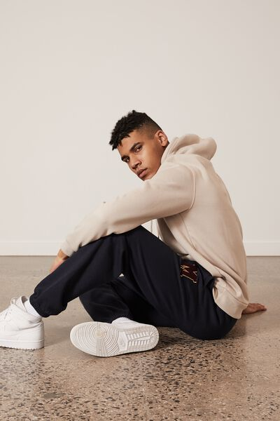 Relaxed Graphic Trackpant, NAVY/M