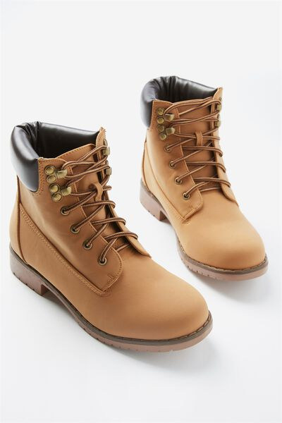 Brooklyn Boot, TAN